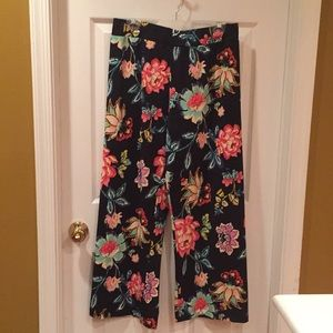 🌸 NWOT Sunny Leigh wide leg stretch pants